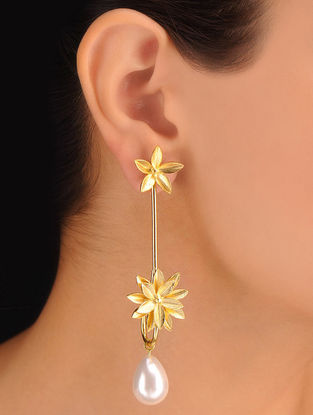 Pair of Drop Golden Earrings