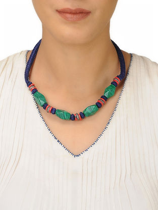 Green-Blue Thread Necklace