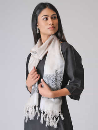 Ivory-Black Madhubani Hand-painted Tussar Silk Stole