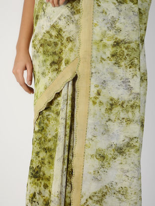 Ivory-Green Natural-dyed Hand-embroidered Chanderi Saree