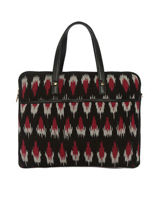 Black-Red Ikat Handcrafted Laptop sleeve