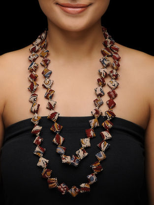 Beige-Maroon Kalamkari-printed Fabric Necklace