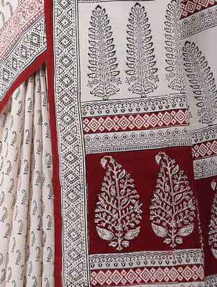 Ivory-Red Bagh-printed Cotton Saree
