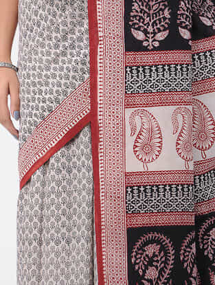 Ivory-Black Bagh-printed Cotton Saree