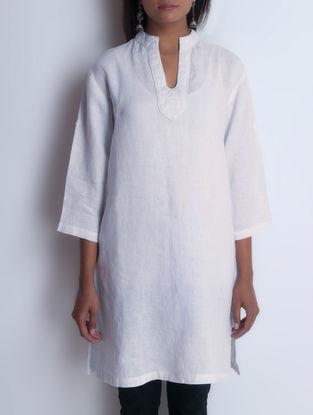 White Embroidered Linen Kurta by Neemrana
