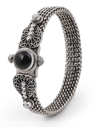 Black Onyx and Pearl Hinged Opening Silver Bangle (Bangle Size -2/4)