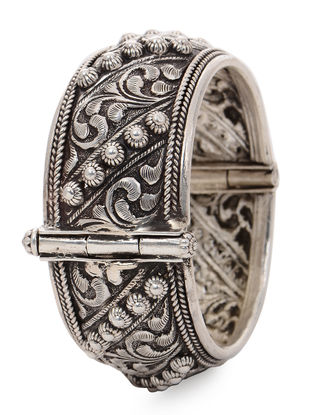 Hinged Opening Tribal Silver Bangle with Floral Motif (Bangle Size -2/10)