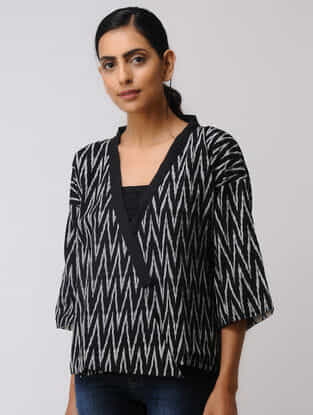 Black-White Hand-woven Cotton Ikat Reversible Jacket