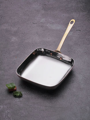 Stainless Steel Pan with Copper Finish (Dia:5.2in, W:5.2in, H:2.5in)