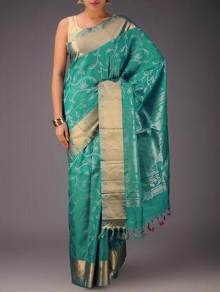 Aquamarine Floral Motifs Gadwal Silk Saree