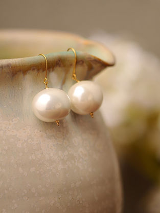 Shell Pearl Drop Gold Earrings
