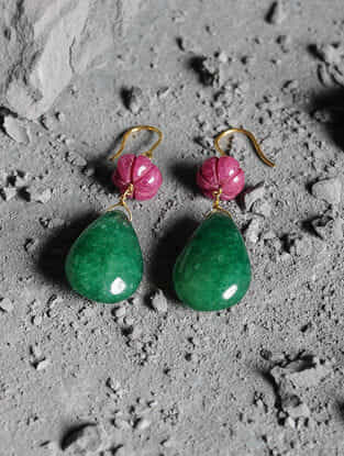 Green Quartz and Red Jade Gold Earrings