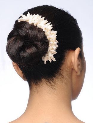Off-White Handmade Croma Silk Gajra