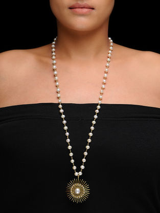 White Pearl Beaded Gold Tone Silver Necklace