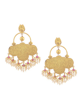 Pink Hydro and Pearl Gold Tone Silver Earrings