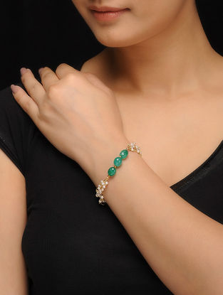Green Gold Tone Jade and Pearls Bracelet