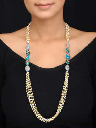 Blue Gold Tone Kundan Inspired Necklace with Pearls