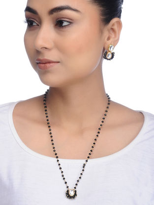 Black Gold Tone Kundan Inspired Onyx Necklace with Earrings (Set of 2)