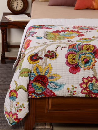 Floral White-Red-Multicolor Quilt 102in x 96in