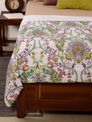 Peacock White-Green Quilt 102in x 94in