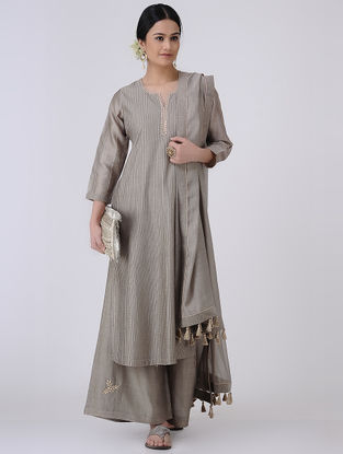 Grey-Golden Gota Patti Embroidered Zari Pintuck Chanderi Kurta