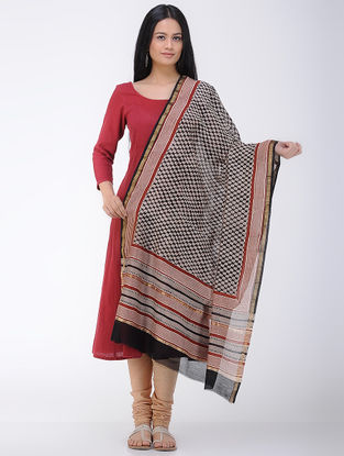 Black-Ivory Bagru and Dabu Printed Chanderi Dupatta with Zari Border