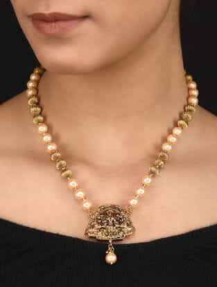 Classic Gold Tone Pearl Beaded Necklace with a Pair of Earrings (Set of 2)