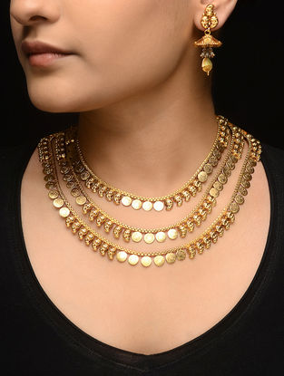 Gold-plated Necklace with a Pair of Earrings (Set of 2)