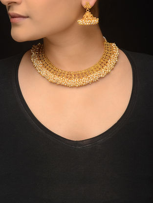 Gold-plated Pearl Beaded Necklace with a Pair of Earrings (Set of 2)
