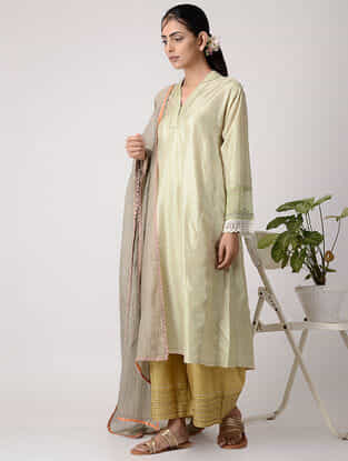 Green Embroidered Panelled Silk Kurta