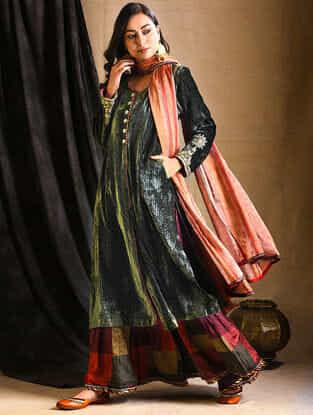 Green Embroidered Silk-Velvet Kurta
