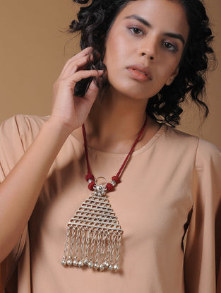 Red Handcrafted Thread Necklace