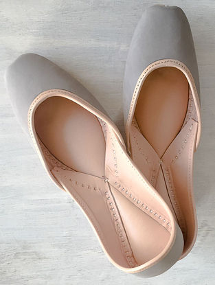 Grey Handcrafted Leather Juttis