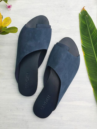 Blue Overlapping Toe Strap Leather Flats