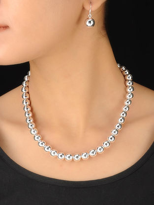 Classic Drop Silver Necklace With Pair of Earrings