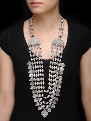 Dholki Beaded Silver Necklace with Deity Motif
