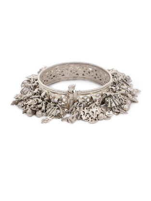 Hinged Opening Tribal Silver Bangle (Bangle Size -2/2)