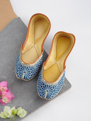 Blue Handcrafted Printed Cotton and Leather Juttis