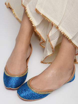 Blue Embellished Leather Juttis