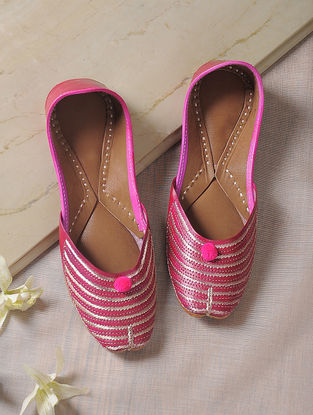 Pink Tilla-Embroidered Leather Juttis
