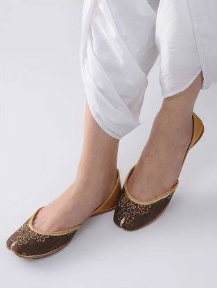 Brown-Yellow Handcrafted Block-Printed Cotton and Leather Juttis
