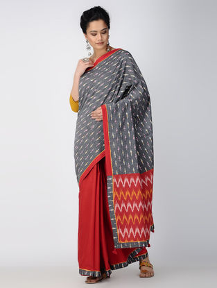 Grey-Red Ikat Constructed Cotton Sareewith Tassels (Set of 2)