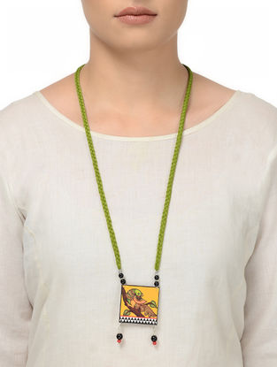 Green Thread Necklace with Parrot Motif