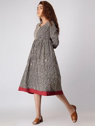 Black Block-printed Pleated Cotton Dress