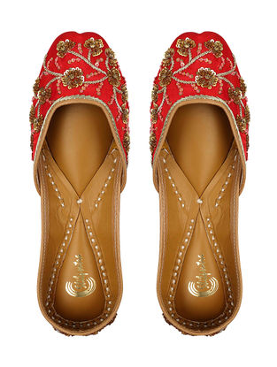 Red Sequin Embroidered Silk and Leather Juttis