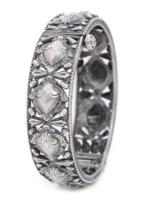 Hinged Opening Tribal Silver Bangle (Bangle Size - 2/6)