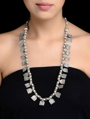 Tabiz Silver Necklace