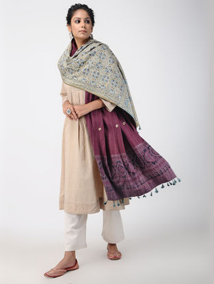 Multicolor Ajrakh-printed Quilted Reversible Wool Shawl