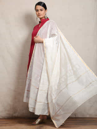Ivory Block-printed Silk Cotton Maheshwari Dupatta