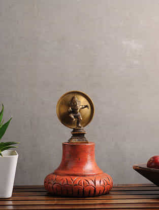 Vintage Inspired Wood and Brass Wall Accent (L:4.2in, W:4.2in, H:6.7in)